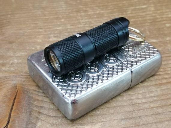 Basic Tiny USB Flashlight / Keyring / Aluminium