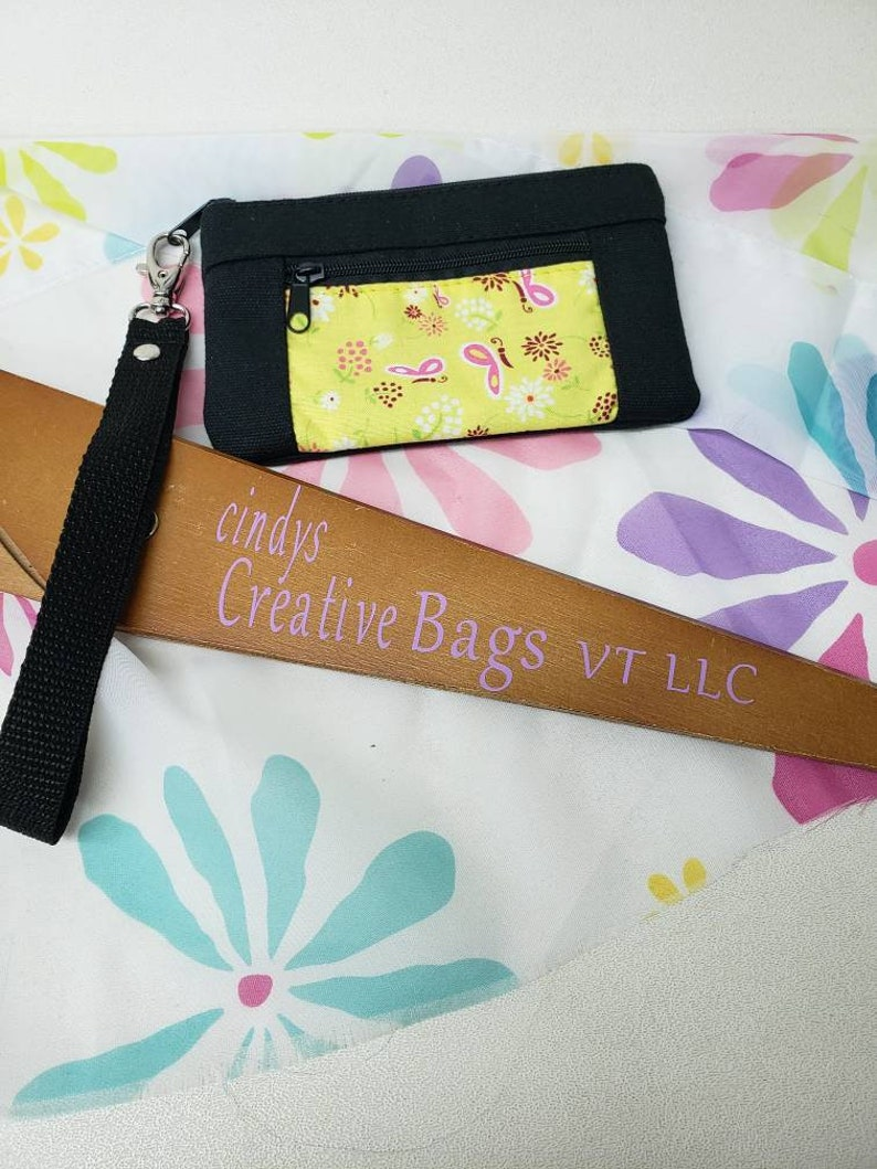 keys /&  Lipstick Great to hold your money credit card Fun size for a little girl. The Small Leah wristlet clutch