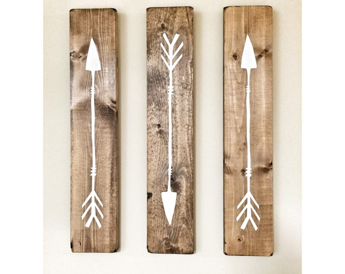 Set of 3 Wooden Arrows, Rustic Decor For Wall, Farmhouse Arrow Decor, Rustic Wall Hanging Nursery Decor, Wooden Arrow for Gallery Wall