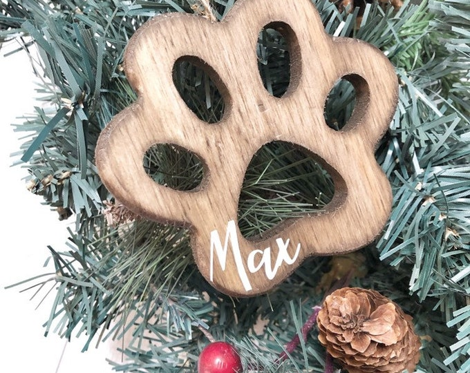 Personalized Christmas Dog Stocking Name Tags, Personalized Gift Tags, Stocking Paw Name Tags, Stocking Tags, Wood Name Gift Tag