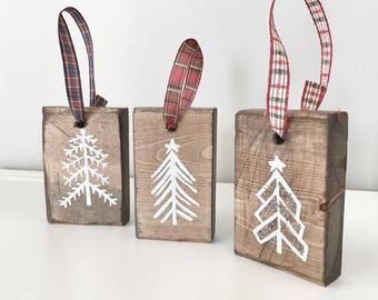 Set of 3 Tree Decorations, Christmas Tree ornaments, Rustic Wood Holiday Decor, X-mas Tree Decoration, Christmas Trees With Ribbon, Gift