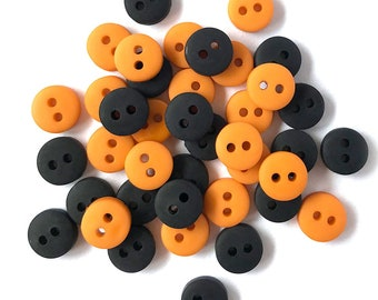 Tiny Buttons : Halloween - Buttons by Buttons Galore & More