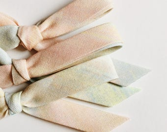 Hand tied bow [ pastel ombré ]