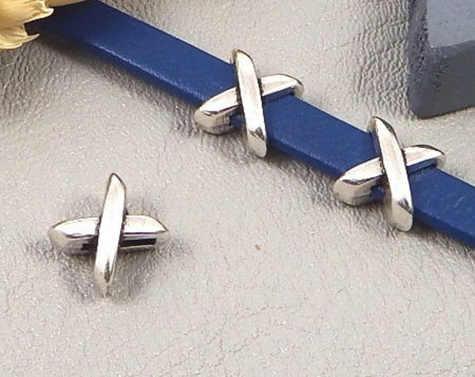 Interleave 2 cross silver plated 5mm flat leather