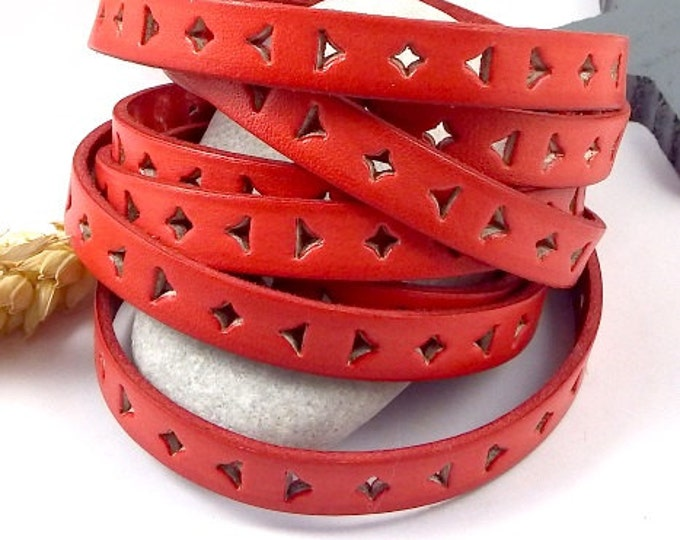 Leather flat coral perfore triangles high quality 10mm per 1 metre (1.09 yard)