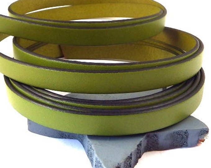 Pistachio flat leather 0,4 inch by 78 inches