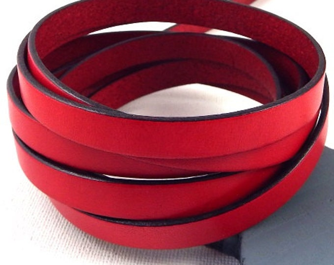 10mm red flat leather by 1 metre.