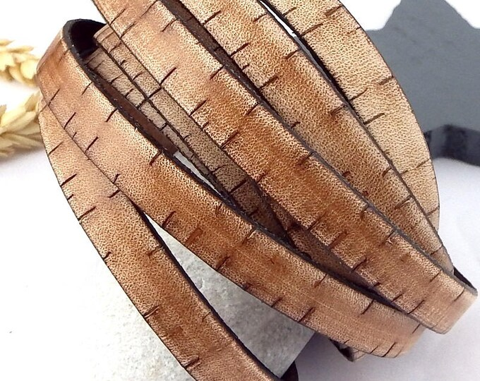 flat brown vintage  leather (0,4 inches by 1.09 yard)