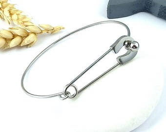 design safety pin bracelet titanium steel has high quality customize