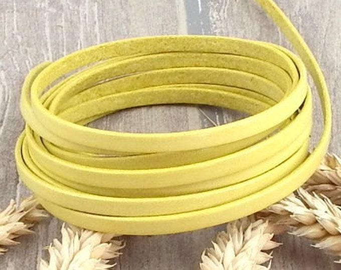 Yellow flat leather 0,2 x 7,9 inches