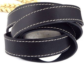 Black stitching 20mm flat leather high quality by 19cm