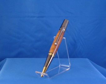 Magestic squire, Beautiful writing instrument. Rhodium with Swarovski Crystal on the clip