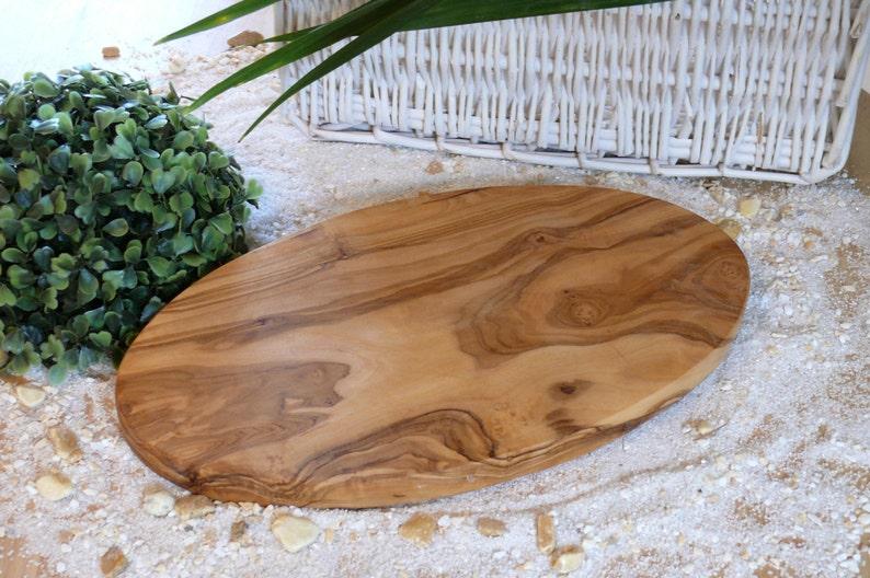 Cutting board oval 30 x 16 cm  11.8 x 6.2 inches