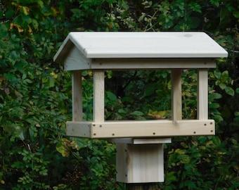 Cedar Large Fly Through Bird Feeder ,Post Mount  or Pole Mount Bird Feeder,Large Bird Feeder