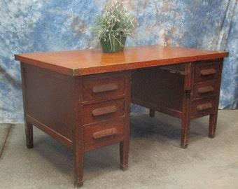 Charmant 5u0027 Oak Wood Desk School Teacher Office Vintage Mid Century Factory Cart  Table F, Teachers Desk, Office Desk, Vintage Wooden Desk