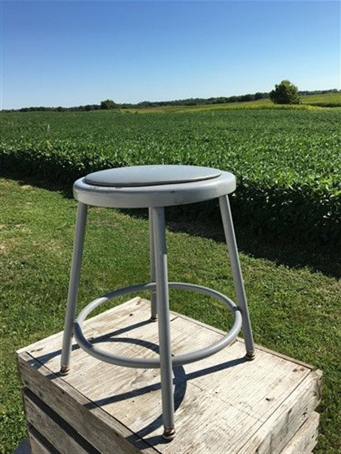 Industrial Gray Metal Drafting Stool Round Adjustable Metal Factory Stool c,Rustic Bar Stool Chair, Work Shop Stool Machine Age Stool