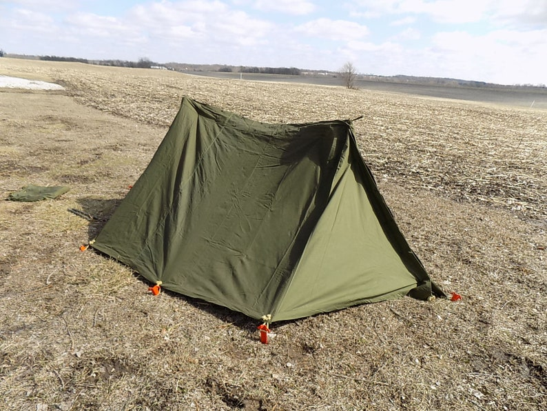 US Military Army Shelter Half Tent Pup Kit Flaps Poles Stakes Ropes Bag  Vintage Vintage Military, Vintage Tent, US Military