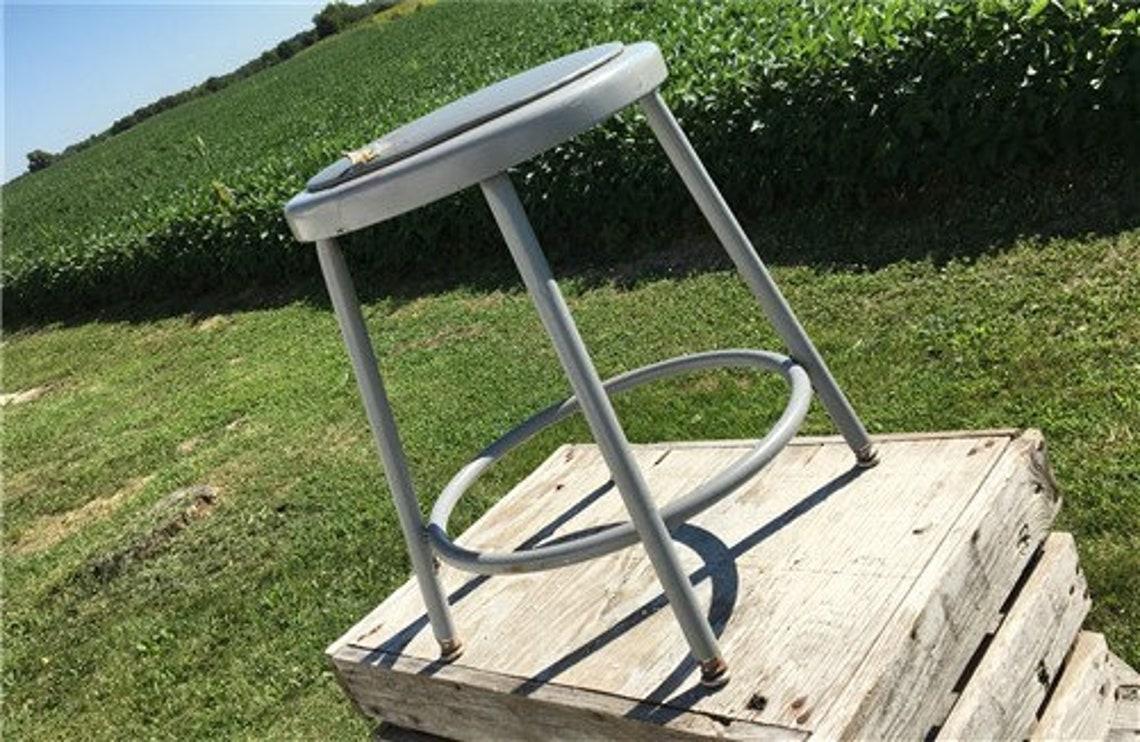 Industrial Gray Metal Drafting Stool Round Adjustable Metal Factory Stool D, Rustic Bar Stool Chair, Work Shop Stool Machine Age Stool