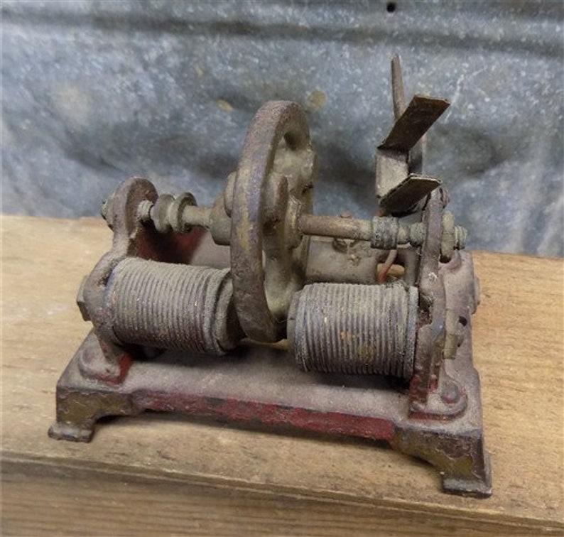 H-K Toy Electric Motor Style L Magnetic Jenson Weeden Steam Engine Vintage Miniature Metal