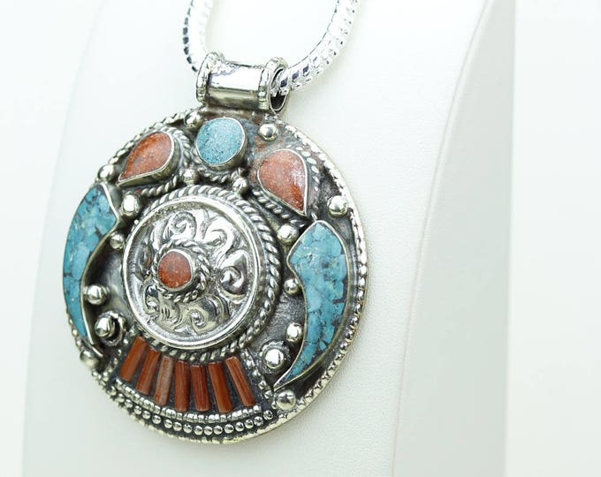 Best of deal! Coral Turquoise Native Tribal Ethnic Vintage Nepal Tibetan Jewelry OXIDIZED Silver Pendant + Chain P3972