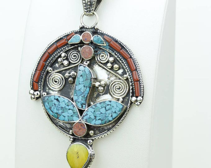 WOW Factor!!! Coral Turquoise Native Tribal Ethnic Vintage Nepal Tibetan Jewelry OXIDIZED Silver Pendant + Chain P3966