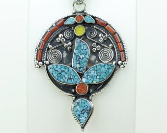Quality Matters! Turquoise Coral Native Tribal Ethnic Vintage Nepal Tibetan Jewelry OXIDIZED Silver Pendant + Chain P3936