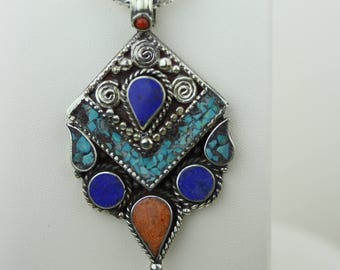 Lapis Turquoise Coral Native Tribal Ethnic Vintage Nepal Tibetan Jewelry OXIDIZED Silver Pendant + Chain P4360