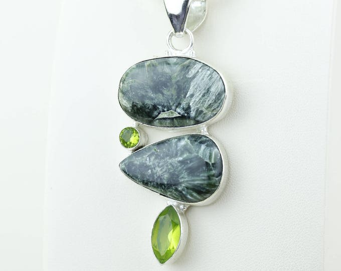 Seraphinite Combined with Peridot 925 S0LID Sterling Silver Pendant + 4MM Snake Chain & Worldwide Shipping p4109
