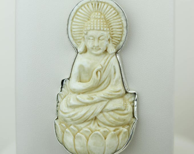 Buddha for Protection TOTEM Goddess Face Moon Face Bone Carving 925 S0LID Sterling Silver Pendant + 4MM Chain p4308