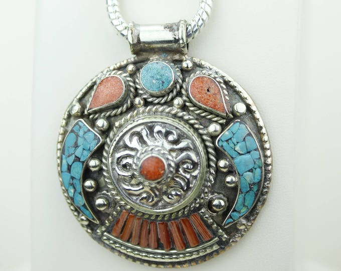 Intricate work of Art! Turquoise Coral Native Tribal Ethnic Vintage Nepal Tibetan Jewelry OXIDIZED Silver Pendant + Chain p4341
