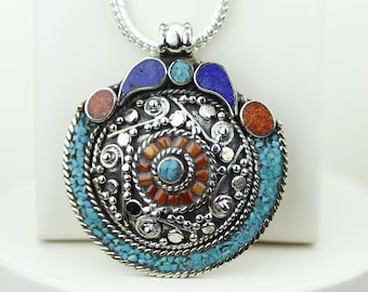 Classy Design! Turquoise Coral Native Tribal Ethnic Vintage Nepal Tibetan Jewelry OXIDIZED Silver Pendant + Chain P4366