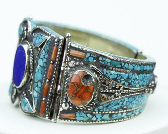 WoW Factor at Play! Genuine Afghan Lapis Tibet Turquoise Coral Native Tribal Ethnic Jewellery Tibetan Nepal OXIDIZED Silver Bangle B2273