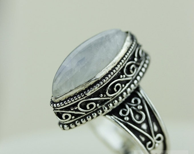 Size 8 - Ceylon Moonstone 925 S0LID (Nickel Free) Sterling Silver Vintage Setting Ring & FREE Worldwide Express Shipping R1746