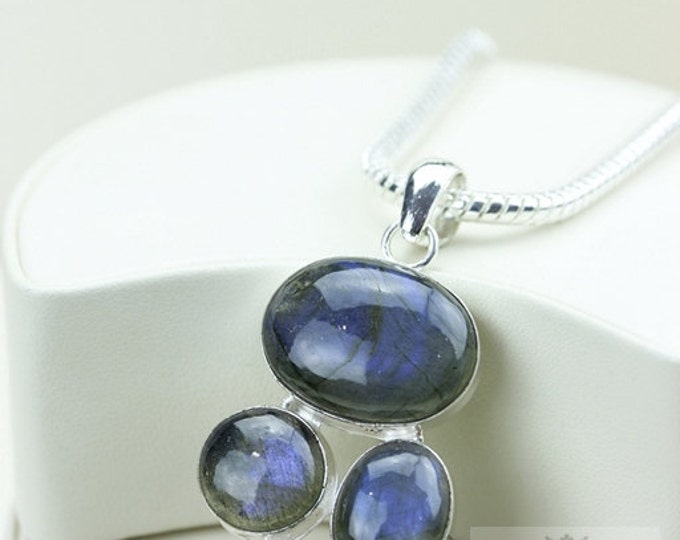 Canadian BLUE Labadorite Irradiated Blue Topaz 925 S0LID Sterling Silver Pendant + 4MM Snake Chain & Free Worldwide Shipping P2928