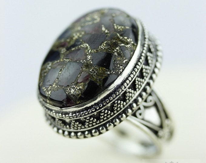 Size 8.5 - Garnet in Pyrite Aggregate 925 S0LID (Nickel Free) Sterling Silver Vintage Setting Ring r1870
