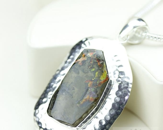 Hammered Finish! GENUINE Canadian AMMOLITE 925 Solid Sterling Silver Pendant + 4mm Snake Chain & FREE Worldwide Shipping P1586