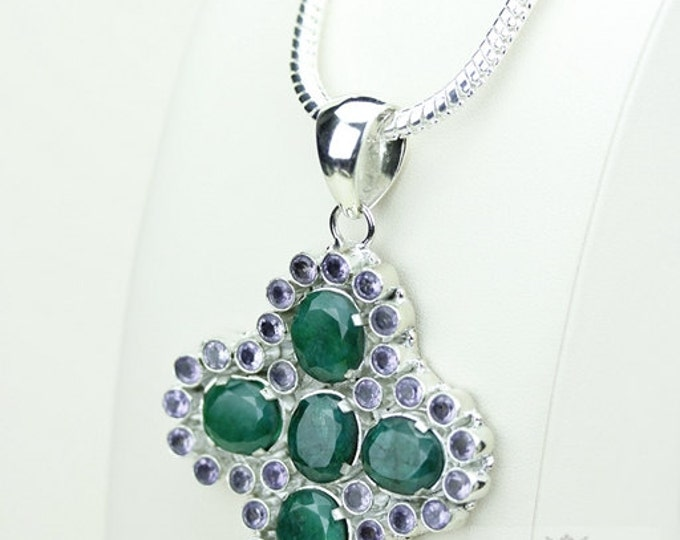 Lighter Shade African EMERALD Corundum Surrounded by Amethyst 925 S0LID Sterling Silver Pendant + 4mm Snake Chain & Free Shipping p3433