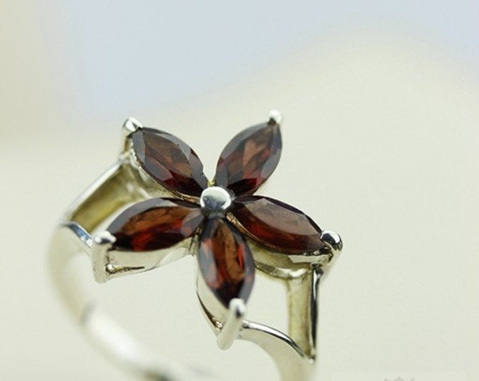 Size 8 MARQUISE Cut GARNET 9 Carat COMBINED (Nickel Free) 925 Fine Sterling Silver Ring & Free Worldwide Express Shipping r45