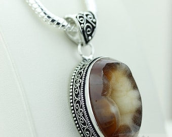 AGATE DRUSY DRUZY 925 S0LID Sterling Silver Vintage Style Setting Pendant + 4mm Snake Chain & Free Worldwide Shipping p2535