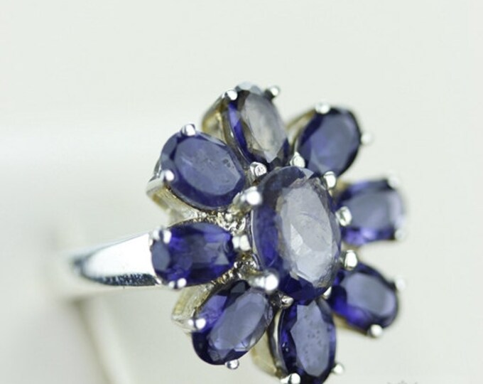 Size 4 FLOWER SHAPED IOLITE (Nickel Free) 925 Fine S0LID Sterling Silver Ring & Free Worldwide Express Shipping r682