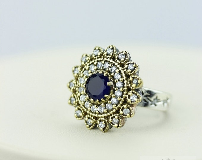 Size 7 Sapphire Dual-Tone Victorian Estate (Nickel Free) 925 Sterling Silver Ring r1966