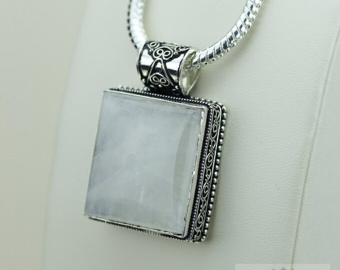 Moonstone Vintage Filigree Setting 925 S0LID Sterling Silver Pendant + 4mm Snake Chain & FREE Shipping p3384