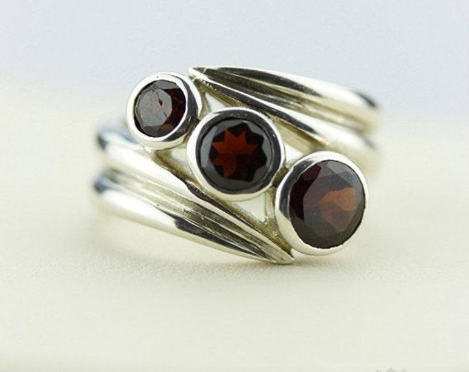 SIZE 5.5 AFRICAN GARNET (Nickel Free) 925 Fine Sterling Silver Ring  r21