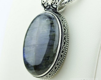 Labradorite Vintage Filigree Setting 925 S0LID Sterling Silver Pendant + 4mm Snake Chain p2606
