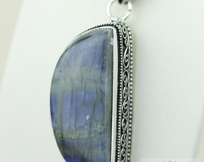CRESCENT SHAPE VINTAGE Style Labradorite 925 Solid Sterling Silver Pendant + 4mm Snake Chain p2165
