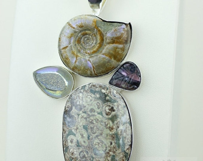 PREHISTORIC GRAPHOCERAS Uk Ammonite TOURMALINE 925 S0LID Sterling Silver Pendant + 4mm Snake Chain & Free Worldwide Shipping mp319
