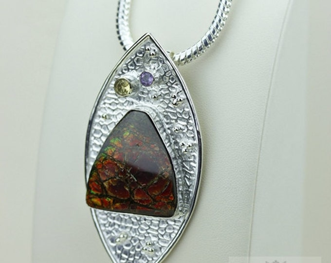 Glowing Red! GENUINE Canadian AMMOLITE 925 Solid Sterling Silver Pendant + 4mm Snake Chain & FREE Worldwide Shipping P1560