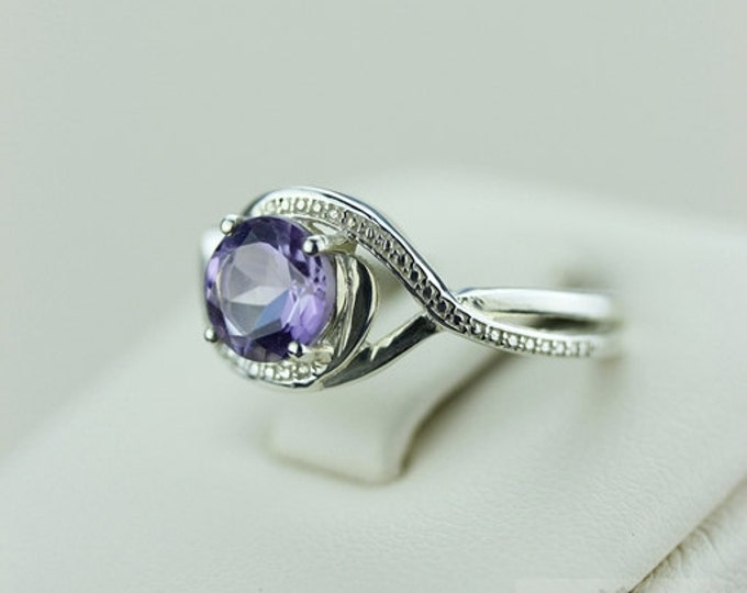 Size 6 ROUND CUT AMETHYST (Nickel Free) 925 Fine S0LID Sterling Silver Ring & Free Worldwide Express Shipping r582
