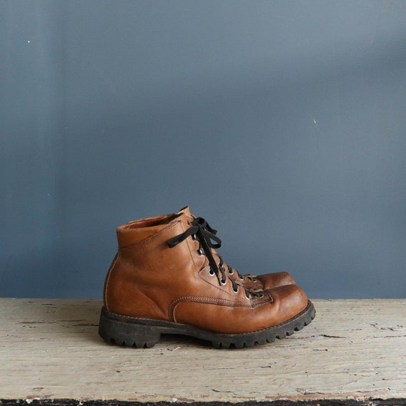 Vintage Hiking Boots | 1970s Unisex Leather Hiking