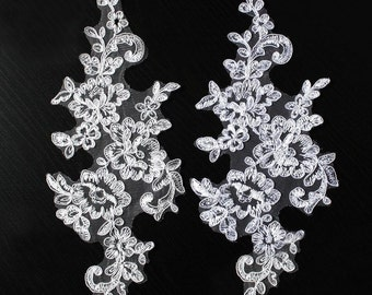 A Pair Ivory/White Flower Lace Appliques,Embroidered Flowers,Patches For Wedding Supplies,Bridal Hair Flower,Headpiece(106-4)
